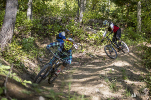 Mountain-biking-at-Fernie-Alpine-Resort-1024x683